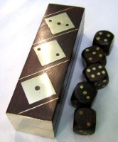 DICE SET. SHISHAM WOOD.BRASS INLAID DICE AND BOX