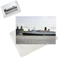 Photo Jigsaw Puzzle of Queen Elizabeth II liner makes her final voyage from PA Photos