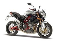 Benelli TNT Titanium (Kit) in Silver (1:12 scale) Diecast Model Motorbike Kit